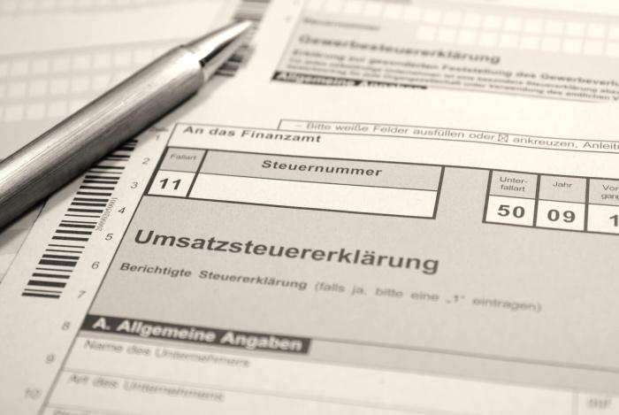 Umsatzsteuer-Voranmeldung mit Elster ausgefüllt bereit zur Übermittlung an das Finanzamt mit BuchhaltungsButler