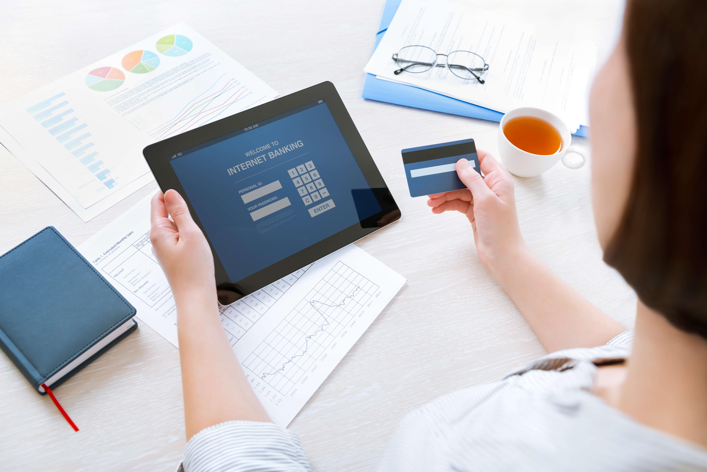 Online Lohnbuchhaltung mit digitaler Mitarbeiterverwaltung